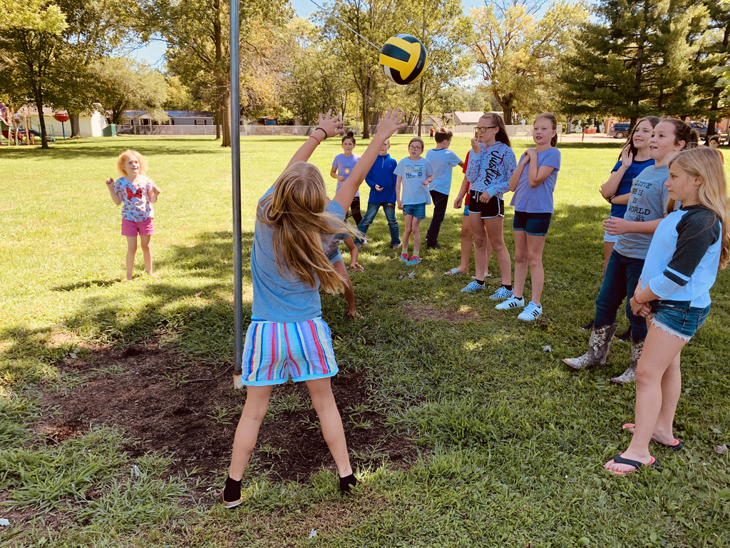 Grade school students are enjoying the new tetherball donated by the Beecher City Church of Christ