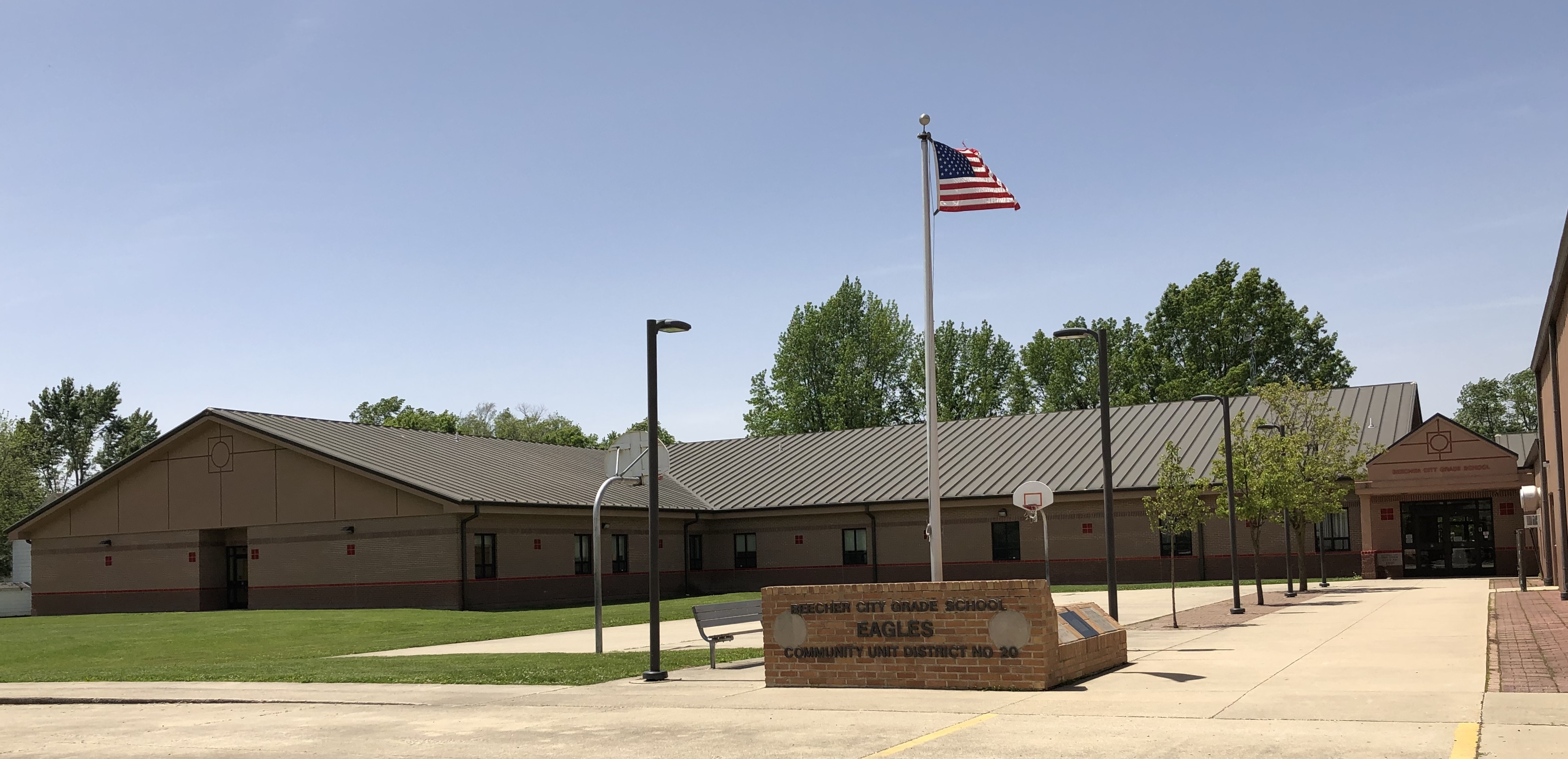 Beecher City Grade School